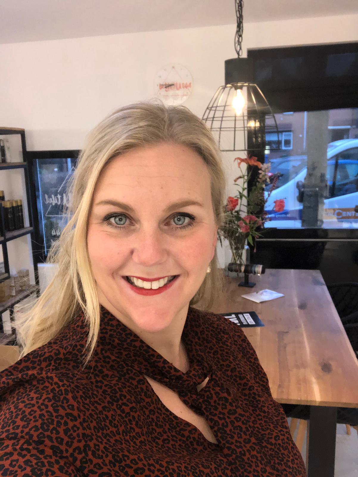 Wendy van Rijsdam van Wendy's hair design Alphen aan den Rijn